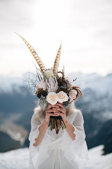 wedding-feather-bouquet