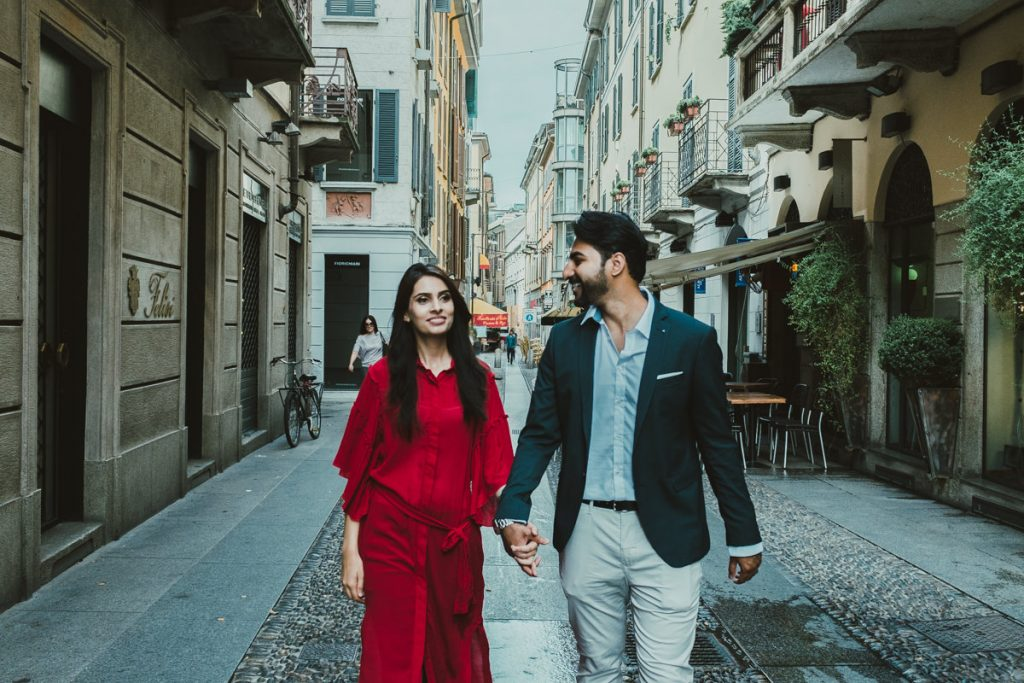 indian couple walking in Brera